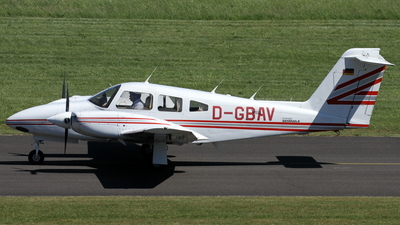 D-GBAV - Piper PA-44-180T Turbo Seminole - Private