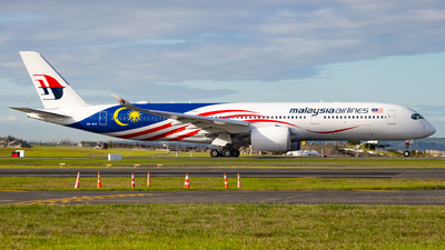 A picture of 9MMAC - Airbus A350941 - Malaysia Airlines - © Cameron Matthews