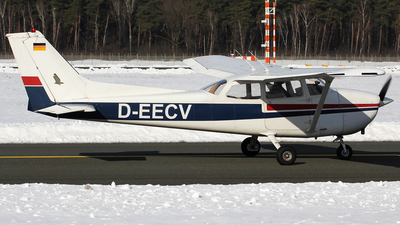 D-EECV - Reims-Cessna F172N Skyhawk II - Private