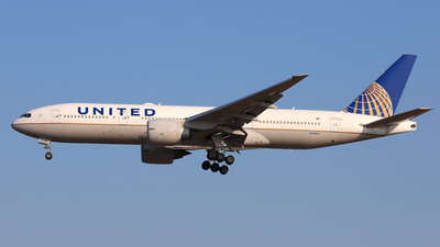 A picture of N78008 - Boeing 777224(ER) - United Airlines - © Daniel Klein