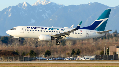 A picture of CGUWS - Boeing 73776N - WestJet - © Chung Kwok
