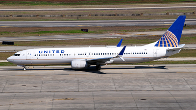 A picture of N36447 - Boeing 737924(ER) - United Airlines - © Rocky Wang