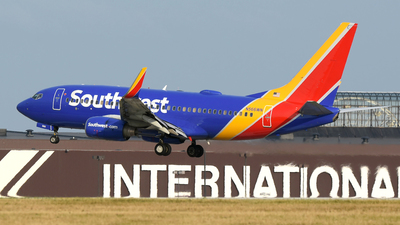 N566WN - Boeing 737-7CT - Southwest Airlines