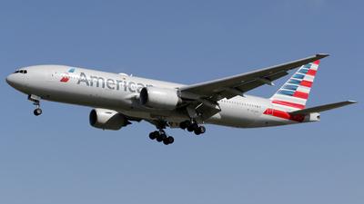 N754AN - Boeing 777-223(ER) - American Airlines