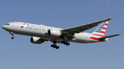 A picture of N754AN - Boeing 777223(ER) - American Airlines - © Terry Figg