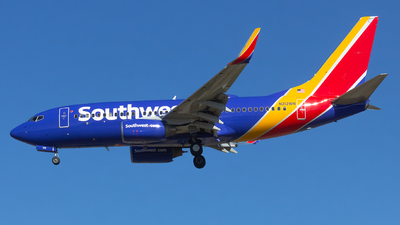 A picture of N212WN - Boeing 7377H4 - Southwest Airlines - © Matthew Scott