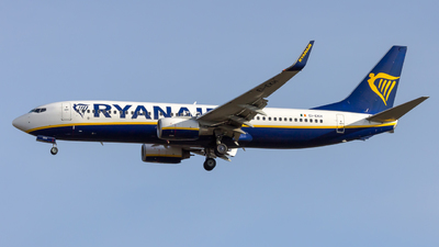 A picture of EIEKH - Boeing 7378AS - Ryanair - © Peter Tolnai