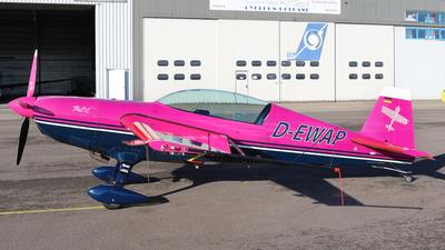 D-EWAP - Extra EA 300 - Private