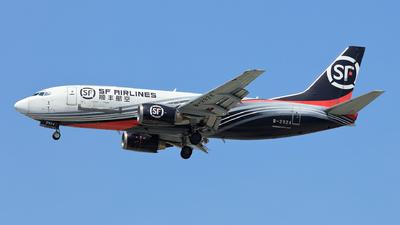 B-2924 - Boeing 737-31B(SF) - SF Airlines