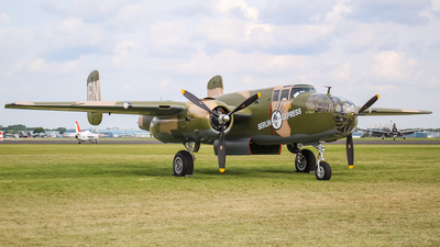N10V - North American B-25H Mitchell - Experimental Aircraft Association (EAA)