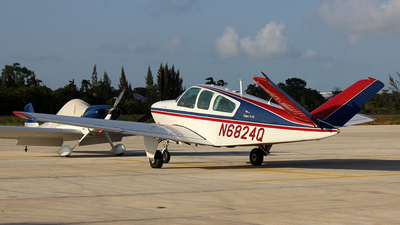 N6824Q - Beechcraft S35 Bonanza - Private