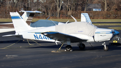 N44107 - Piper PA-28-151 Cherokee Warrior - Private