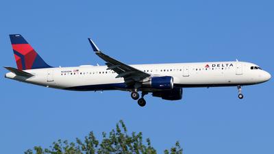 N380DN - Airbus A321-211 - Delta Air Lines