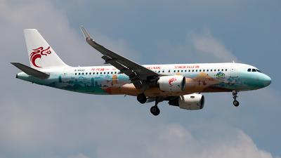B-8452 - Airbus A320-214 - Loong Air