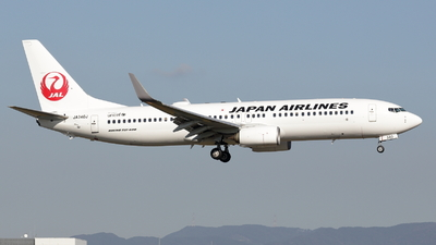 JA340J - Boeing 737-846 - Japan Airlines (JAL)