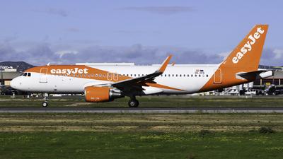 OE-ICS - Airbus A320-214 - easyJet Europe