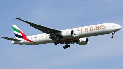 A6-EBC - Boeing 777-36NER - Emirates