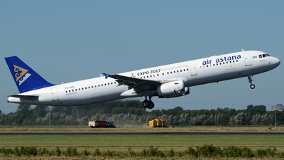 P4-KDA - Airbus A321-231 - Air Astana