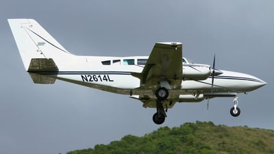 N2614L - Cessna 402C - Private