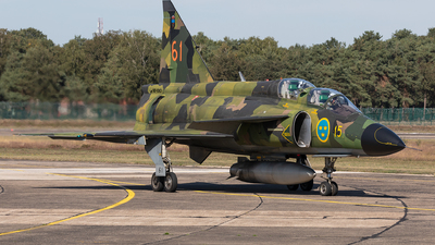 SE-DXO - Saab Sk37E Viggen - Swedish Airforce Historic Flight