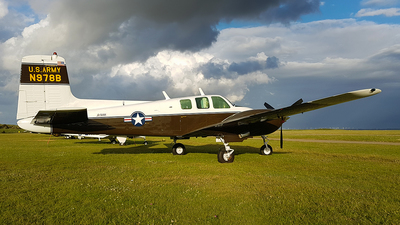 N978B - Beechcraft B50 Twin Bonanza - Private