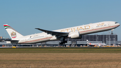 A6-ETK - Boeing 777-3FXER - Etihad Airways