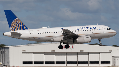 A picture of N854UA - Airbus A319131 - United Airlines - © Mark Lawrence
