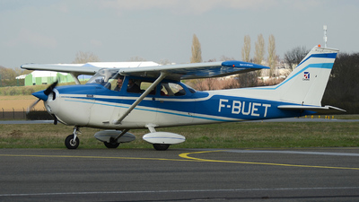 A picture of FBUET - Cessna F172M Skyhawk - [1028] - © bruno muthelet