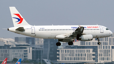A picture of B6672 - Airbus A320232 - China Eastern Airlines - © Predic. LXY!