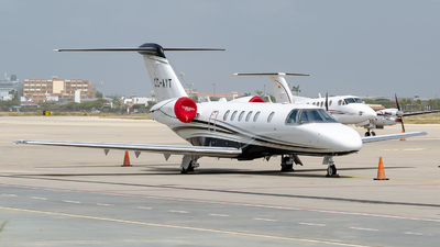 CC-AYT - Cessna 525 Citation CJ4 - Private