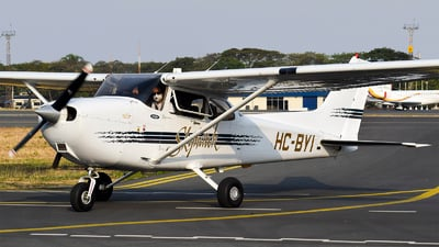 HC-BYI - Cessna 172R Skyhawk - Marycielo