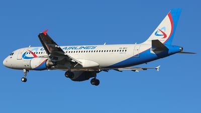 VQ-BCY - Airbus A320-214 - Ural Airlines