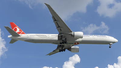 A picture of TCLJE - Boeing 7773F2(ER) - Turkish Airlines - © Sieu Viet - SFAP
