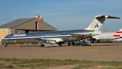 A picture of N466AA - McDonnell Douglas MD82 - [49596] - © Wojtek Kmiecik