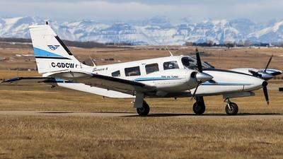 C-GDCW - Piper PA-34-200T Seneca II - Springbank Air Training College