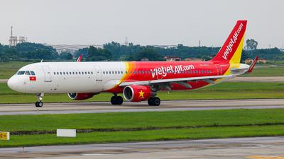 VN-A670 - Airbus A321-211 - VietJet Air