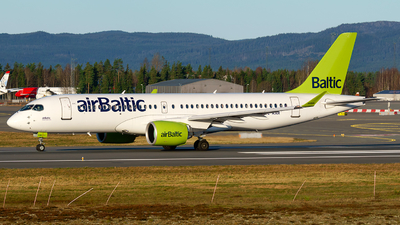 A picture of YLAAR - Airbus A220300 - Air Baltic - © Laszlo Fekete