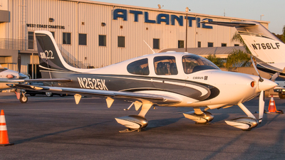 N2525K - Cirrus SR22 - Private
