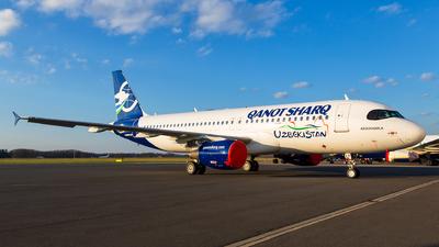OE-ILF - Airbus A320-214 - Qanot Sharq Airlines