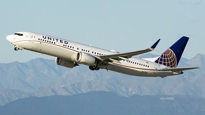 N37507 - Boeing 737-9 MAX - United Airlines