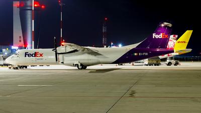 A picture of EIFXI - ATR 72202(F) - FedEx - © Krzysiek Dz