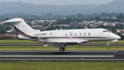 N781QS - Raytheon Hawker 800XP - Private