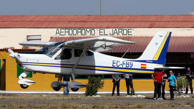 EC-FB9 - Tecnam P92 Echo JS - Private