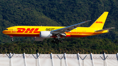 D-AALM - Boeing 777-F - DHL (AeroLogic)