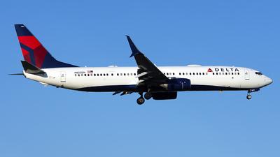 N855DN - Boeing 737-932ER - Delta Air Lines