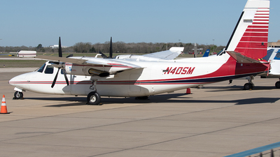 N40SM - Rockwell 690B Turbo Commander - Private
