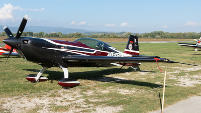 D-EXBX - Extra 330LX - Private