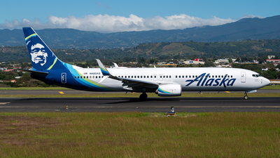 A picture of N483AS - Boeing 737990(ER) - Alaska Airlines - © Cristian Quijano