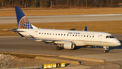 A picture of N745YX - Embraer E175LR - United Airlines - © Connor Cummings