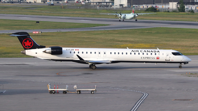 C-FJZD - Bombardier CRJ-900LR - Air Canada Express (Jazz Aviation)